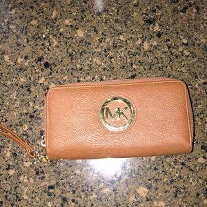 Handbags - Michael Kors wallet NOT REAL.